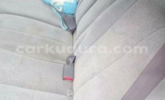 Acheter Occasion Voiture Toyota Previa Gris à Mairie au Bujumbura