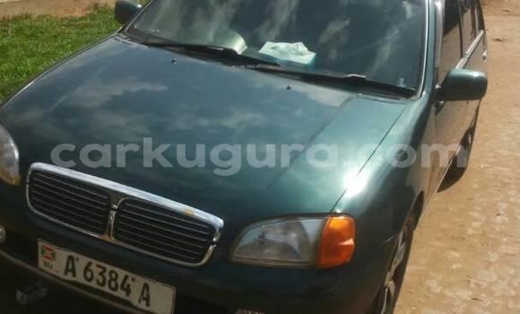 Acheter Occasion Voiture Toyota Starlet Vert à Mairie au Bujumbura