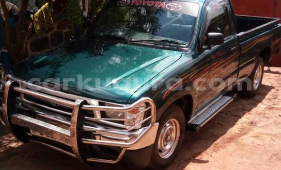 Acheter Occasion Voiture Toyota Hilux Vert à Mairie, Bujumbura