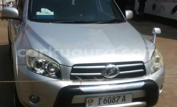 Acheter Occasion Voiture Toyota RAV4 Gris à Mairie, Bujumbura