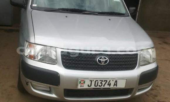 Acheter Occasion Voiture Toyota Succeed Gris à Mairie, Bujumbura