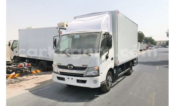 Medium with watermark hino 300 series bujumbura import dubai 3659