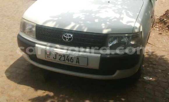 Acheter Occasion Voiture Toyota Probox Blanc à Mairie, Bujumbura