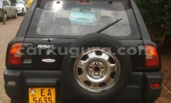 Acheter Occasion Voiture Toyota RAV4 Noir à Mairie au Bujumbura