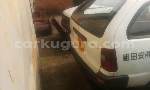 Acheter Occasion Voiture Toyota Corolla Blanc à Mairie, Bujumbura