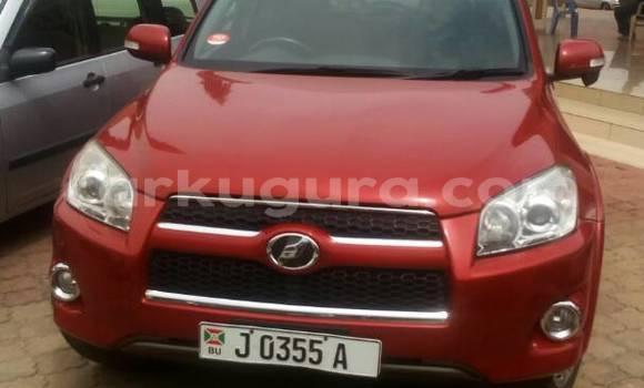 Acheter Occasion Voiture Toyota RAV4 Rouge à Mairie au Bujumbura