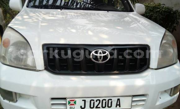 Acheter Occasion Voiture Toyota Land Cruiser Prado Noir à Mairie au Bujumbura