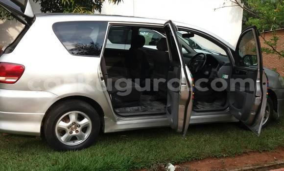 Acheter Occasion Voiture Toyota Ipsum Gris à Mairie au Bujumbura