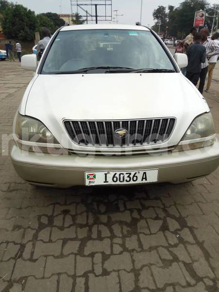 Big with watermark toyota harrier2