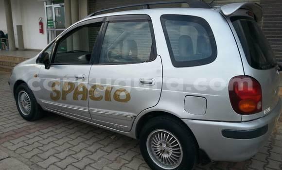 Acheter Occasion Voiture Toyota Spacio Gris à Mairie, Bujumbura