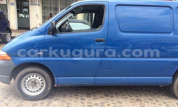 Acheter Occasion Voiture Toyota Hiace Bleu à Mairie au Bujumbura