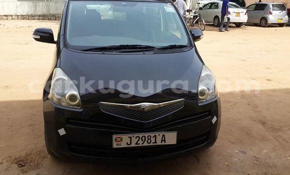 Acheter Occasion Voiture Toyota Ractis Noir à Muyinga au Burundi
