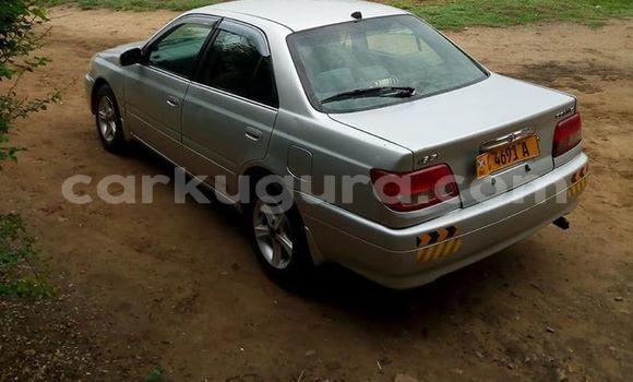 Acheter Occasion Voiture Toyota Carina Gris à Muyinga au Burundi