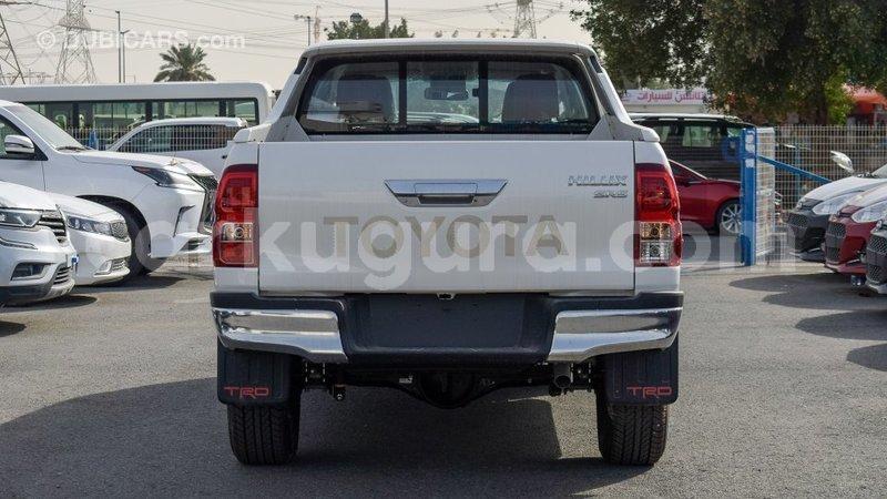 Big with watermark toyota hilux bujumbura import dubai 3909
