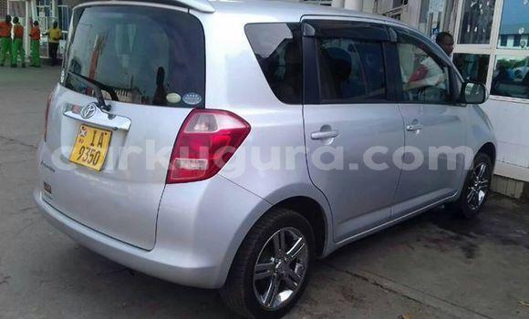 Acheter Occasion Voiture Toyota Ractis Gris à Muyinga, Burundi