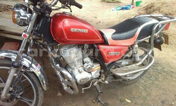 Acheter Occasion Moto Sanili TS125 Rouge à Kinama au Bujumbura