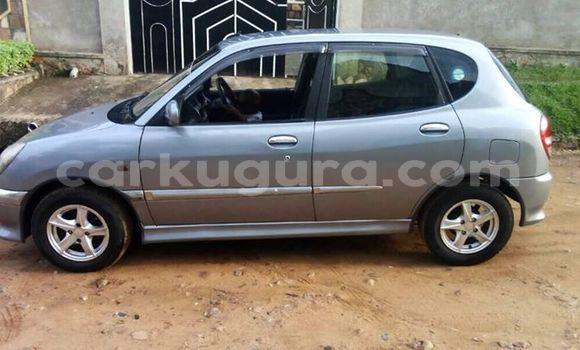 Acheter Occasion Voiture Toyota Duet Gris à Kamenge au Bujumbura