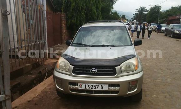 Acheter Occasion Voiture Toyota RAV4 Gris à Kamenge au Bujumbura