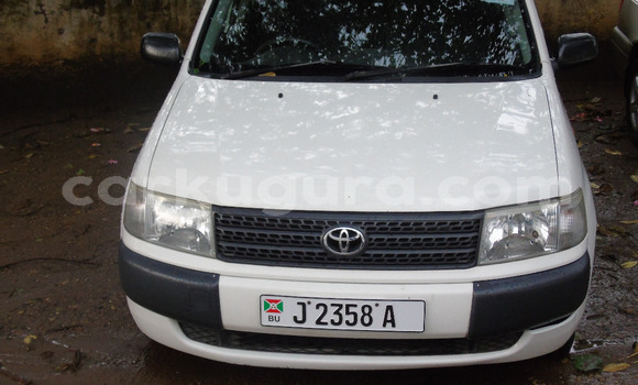 Buy Used Toyota Probox White Car in Bujumbura in Bujumbura