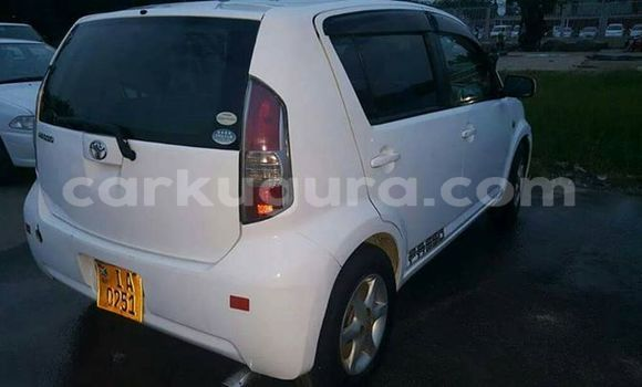 Buy Used Toyota Passo White Car in Bururi in Burundi