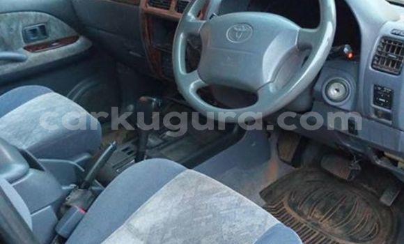 Acheter Occasions Voiture Toyota Land Cruiser Prado Gris à Bururi au Burundi