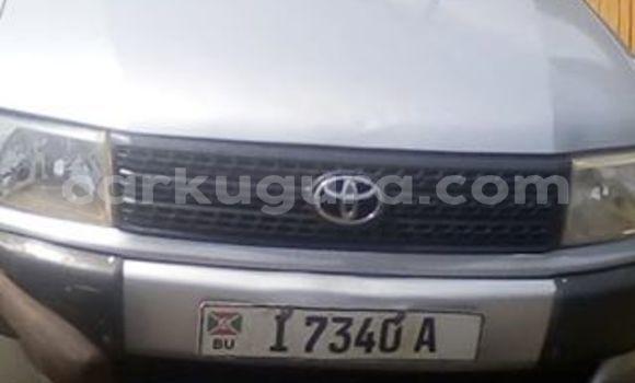 Acheter Occasions Voiture Toyota Probox Gris à Bujumbura au Bujumbura