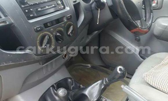 Acheter Occasions Voiture Toyota Hilux Blanc à Bujumbura au Bujumbura