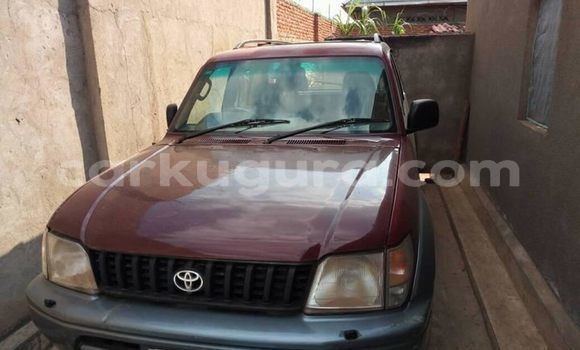 Acheter Occasions Voiture Toyota Land Cruiser Prado Rouge à Bujumbura au Bujumbura
