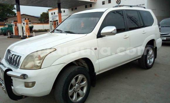 Acheter Occasions Voiture Toyota Land Cruiser Prado Blanc à Bujumbura au Bujumbura