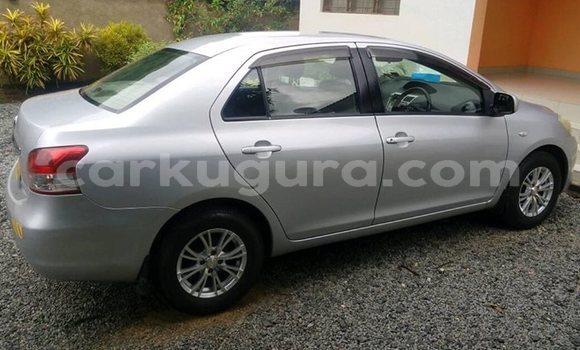 Acheter Occasion Voiture Toyota Belta Gris à Bujumbura, Bujumbura