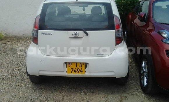 Acheter Importé Voiture Toyota Passo Blanc à Bujumbura, Bujumbura