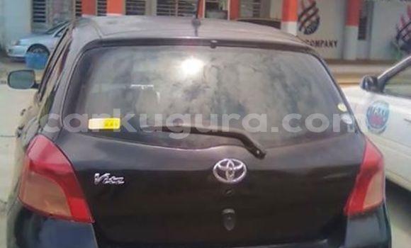 Acheter Importé Voiture Toyota Vitz Noir à Bujumbura, Bujumbura