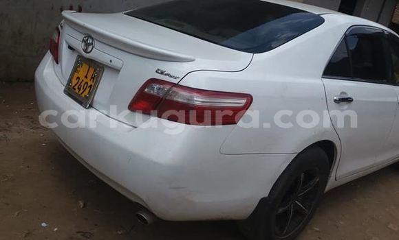Acheter Importé Voiture Toyota Camry Blanc à Bujumbura, Bujumbura