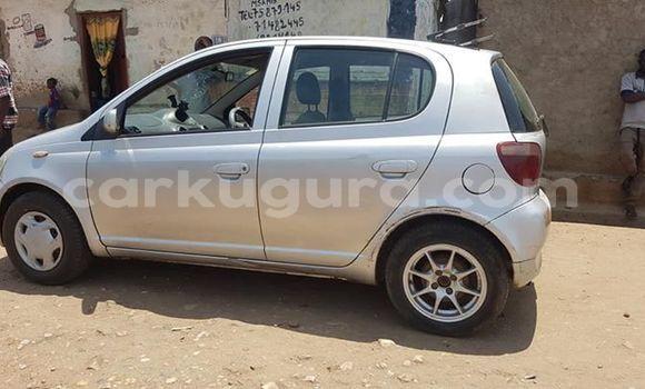 Acheter Occasion Voiture Toyota Vitz Gris à Bujumbura, Bujumbura