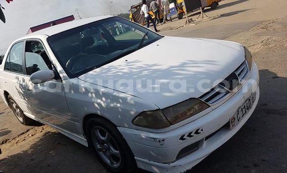 Acheter Occasion Voiture Toyota Carina Blanc à Bujumbura, Bujumbura
