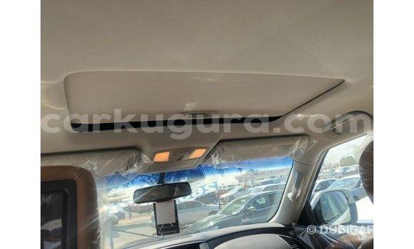 Acheter Importé Voiture Nissan Patrol Blanc à Import - Dubai, Bujumbura