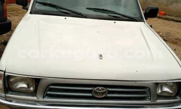 Acheter Occasion Voiture Toyota Hilux Blanc à Bujumbura, Bujumbura