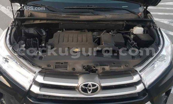Acheter Importé Voiture Toyota Highlander Noir à Import - Dubai, Bujumbura