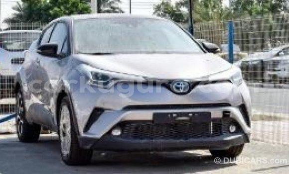 Acheter Importé Voiture Toyota C-HR Autre à Import - Dubai, Bujumbura