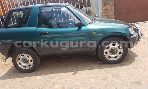 Acheter Occasion Voiture Toyota RAV4 Vert à Bujumbura, Bujumbura