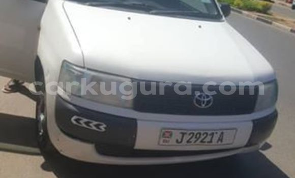 Acheter Occasion Voiture Toyota Probox Blanc à Bujumbura, Bujumbura