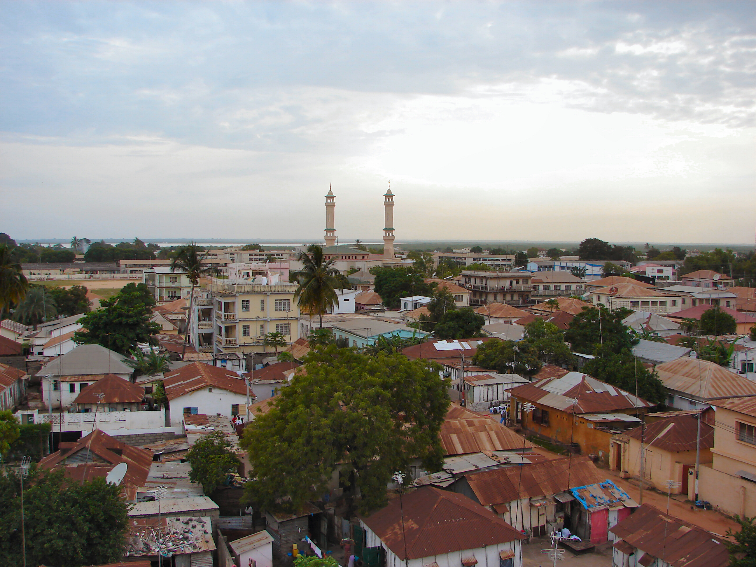 Banjul king fahad mosque 2007